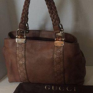 Authentic Gucci leather shoulder bag